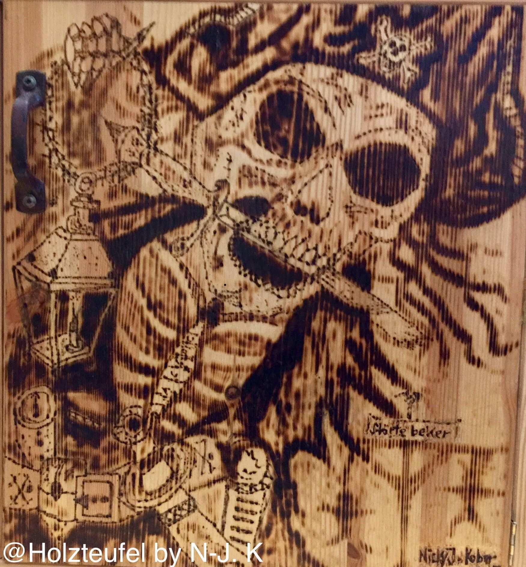Stortebeker Pirat Bild Picture Holzteufel By N J K Zeichnung Schadel Holz Kunst Brandmalerei 3d Holzschnitzkunst Piraten Bilder Kunst