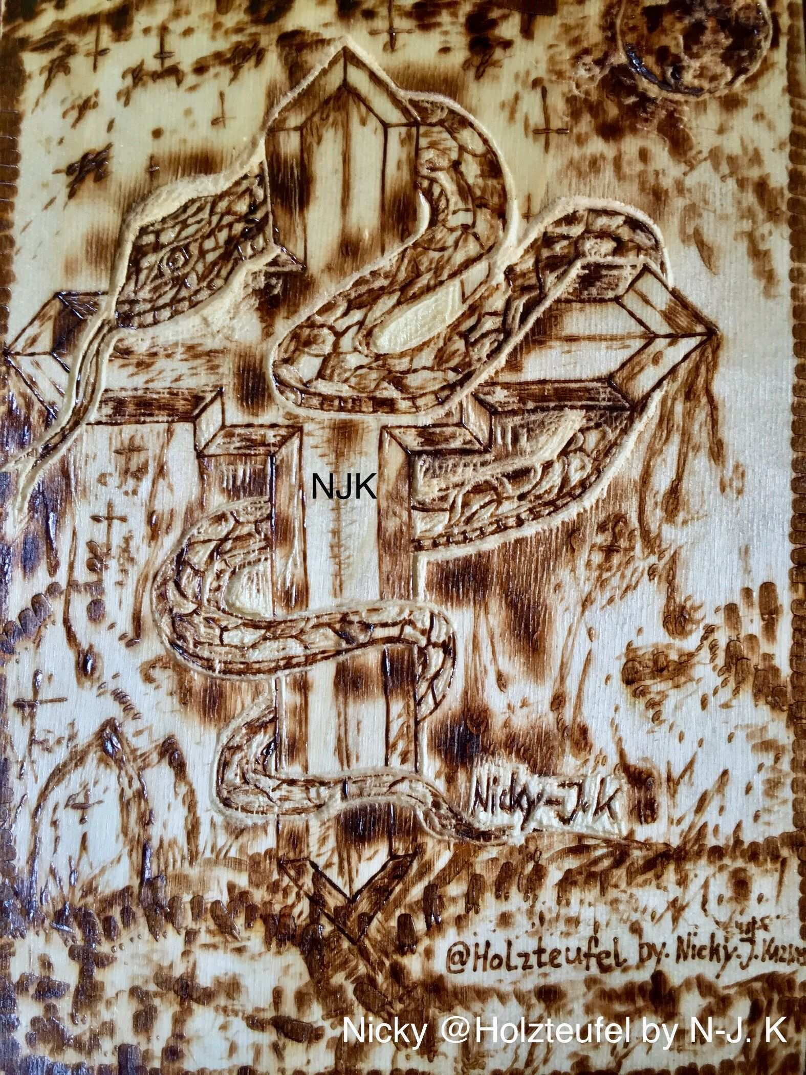 Kreuz Schlange Mond Brandmalerei Nicky Holzteufel By N J K Zeichnung Kunst Bild Holz 3d Frasen 3d Zeichnen Zeichnung Brandmalerei
