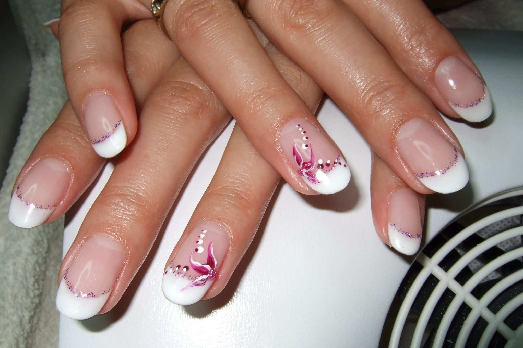 Nageldesign French Nagelstudio Hennie Jolis Ongles Dessins D Ongle Francais Nail Art Designs