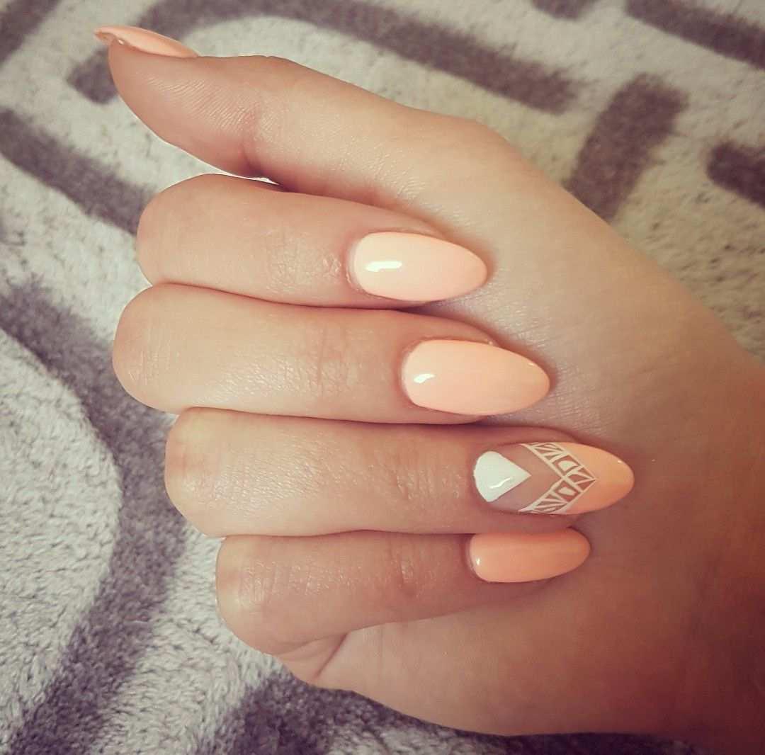 Nails Nailart Nageldedign Apricot White Muster Nageldesign Nagelideen Nageldesigns