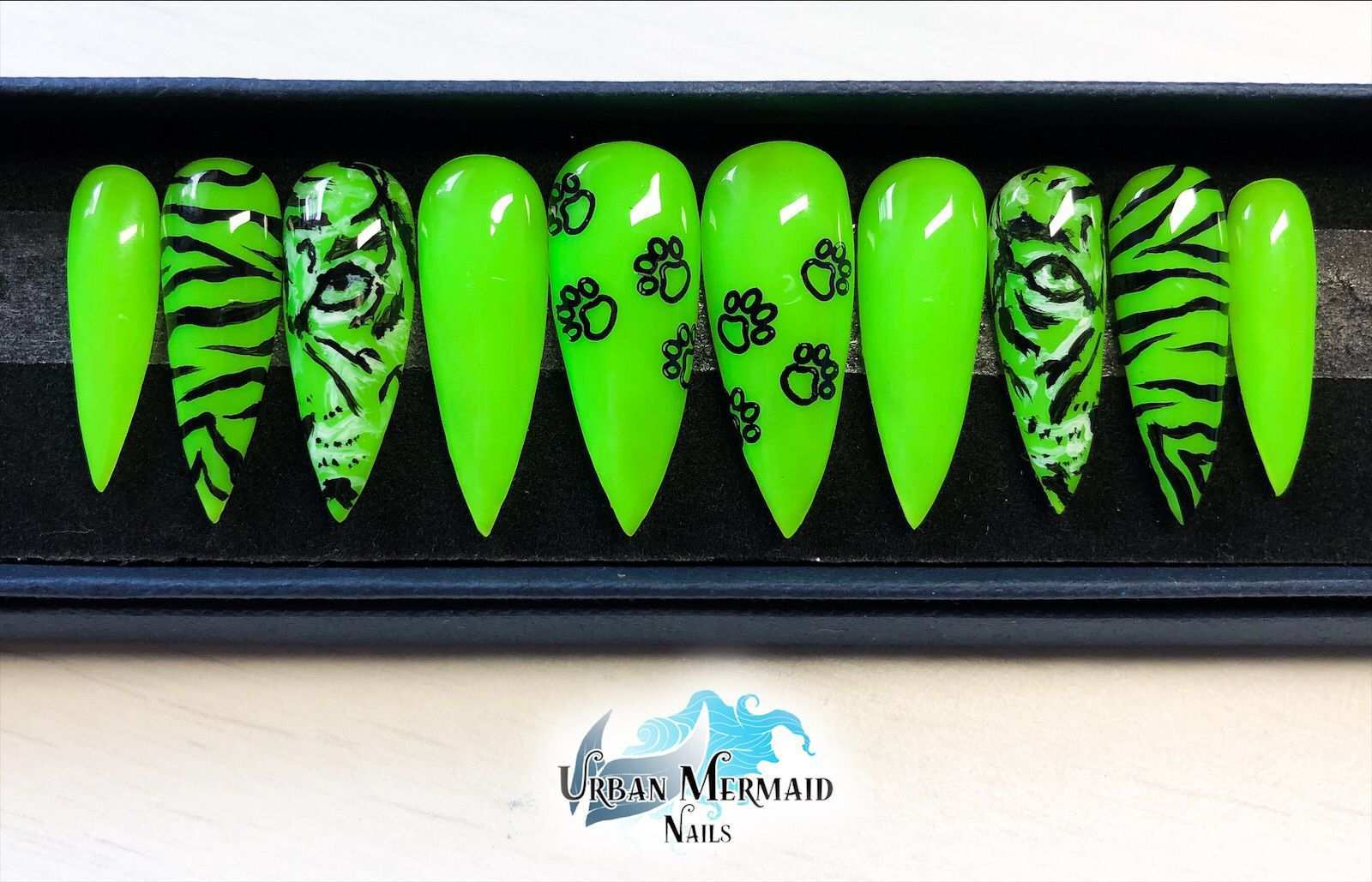 Neon Green Tiger Print Press On Nails Nageldesign Neon Grun