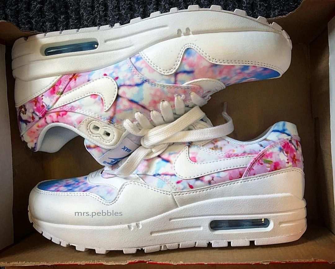 Nike Air Max Thea In White Flower Look Weiss Und Blumen Muster Foto Mrs Pebbles Instagram Nike Air Max Thea Nike Air Max