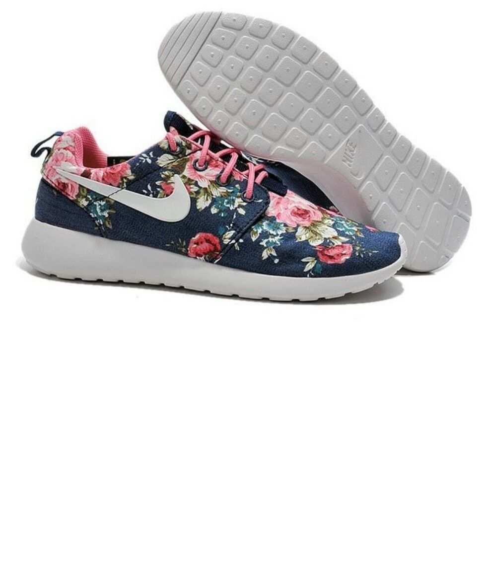 Nike Roschwans Mit Blumen Muster Nike Schuhe Gunstig Nike Roshe One Bedruckte Schuhe
