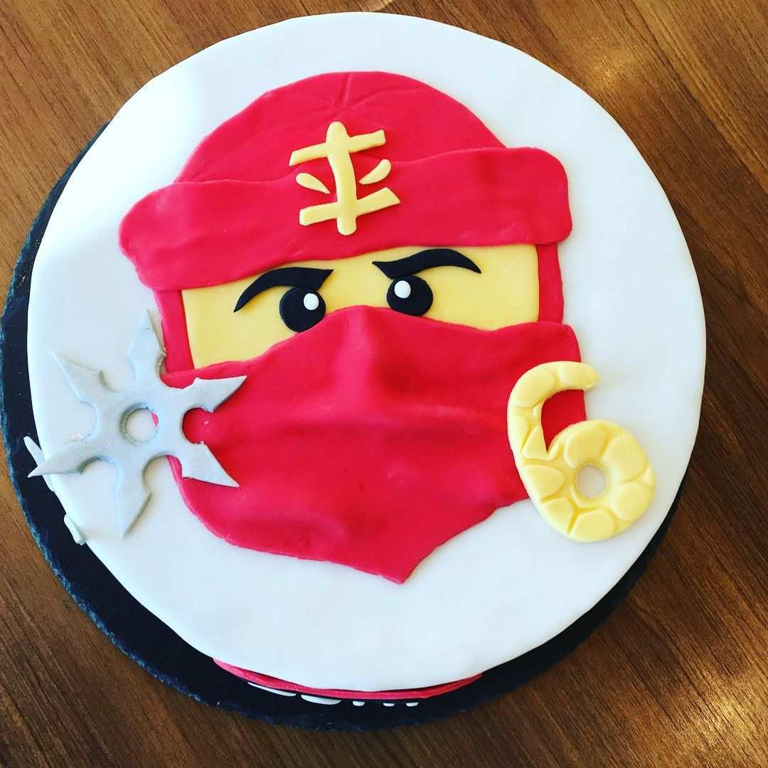 Caro Auf Instagram Heute Mal Einen Ninjagokuchen Ninjagocake Ninjagotorte Cake Fondant Motivtorte Backen Homemad Ninjago Cakes Lego Ninjago Cake Cake