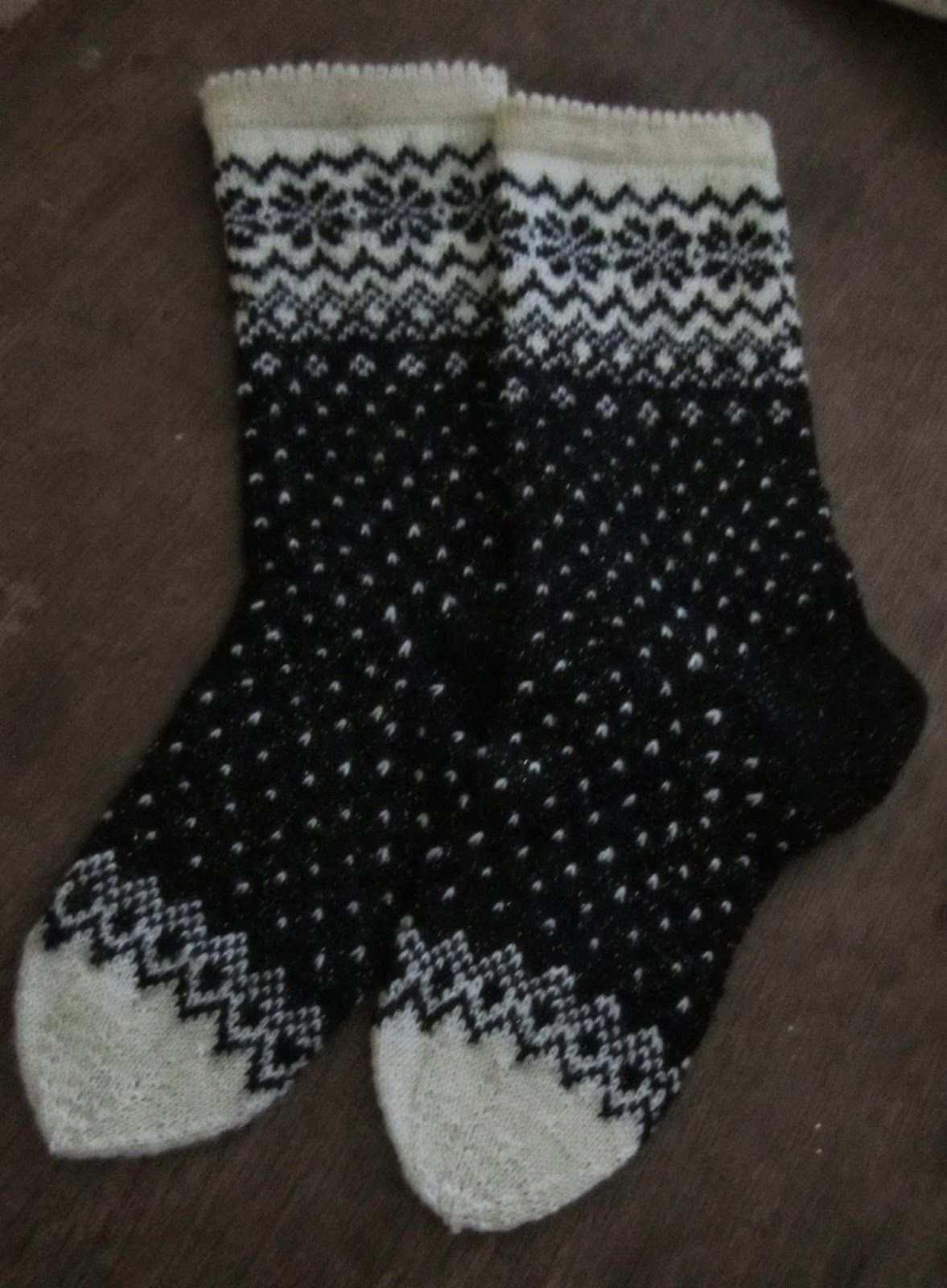 Der Birkin Pullover Gelblich Welcome To Blog In 2020 Socken Stricken Muster Socken Stricken Norweger Socken