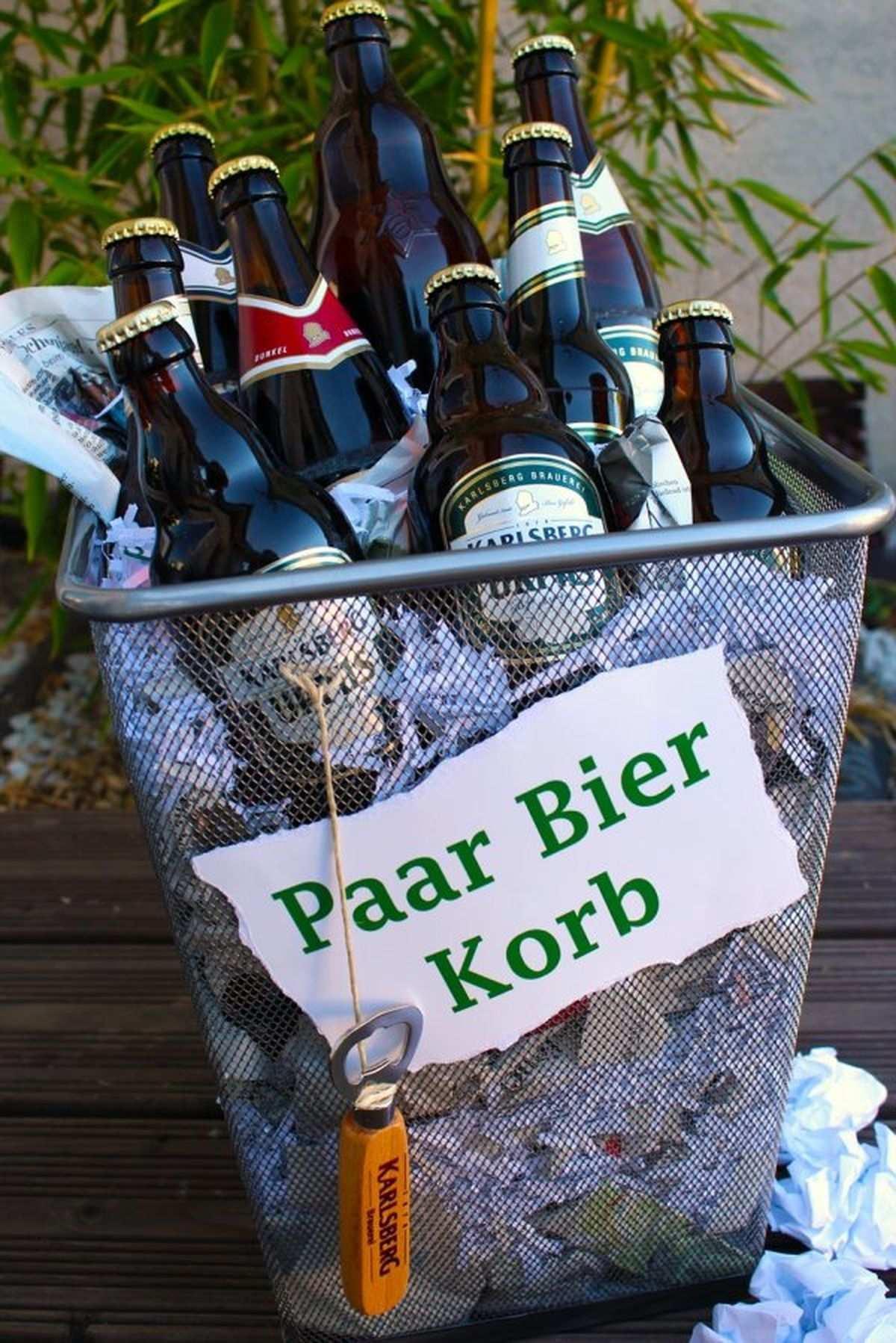 Aus Der Reihe Schlechte Wortspiele Der Paar Bier Korb Dauert N Moment Geschenkideen Geschenke Selbstgemachte Geschenke Geburtstag