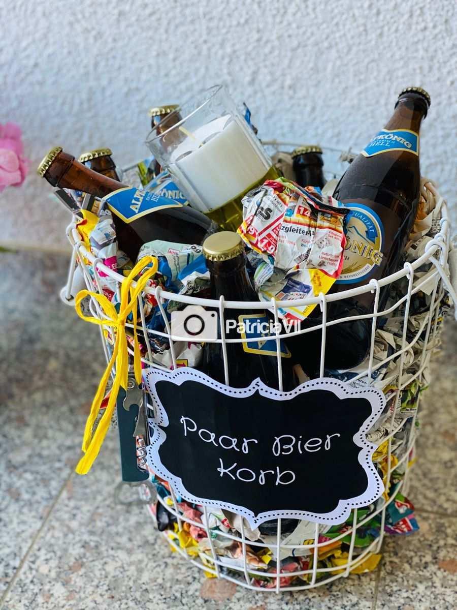 Paar Bier Korb Bier Geschenke Bierflaschen