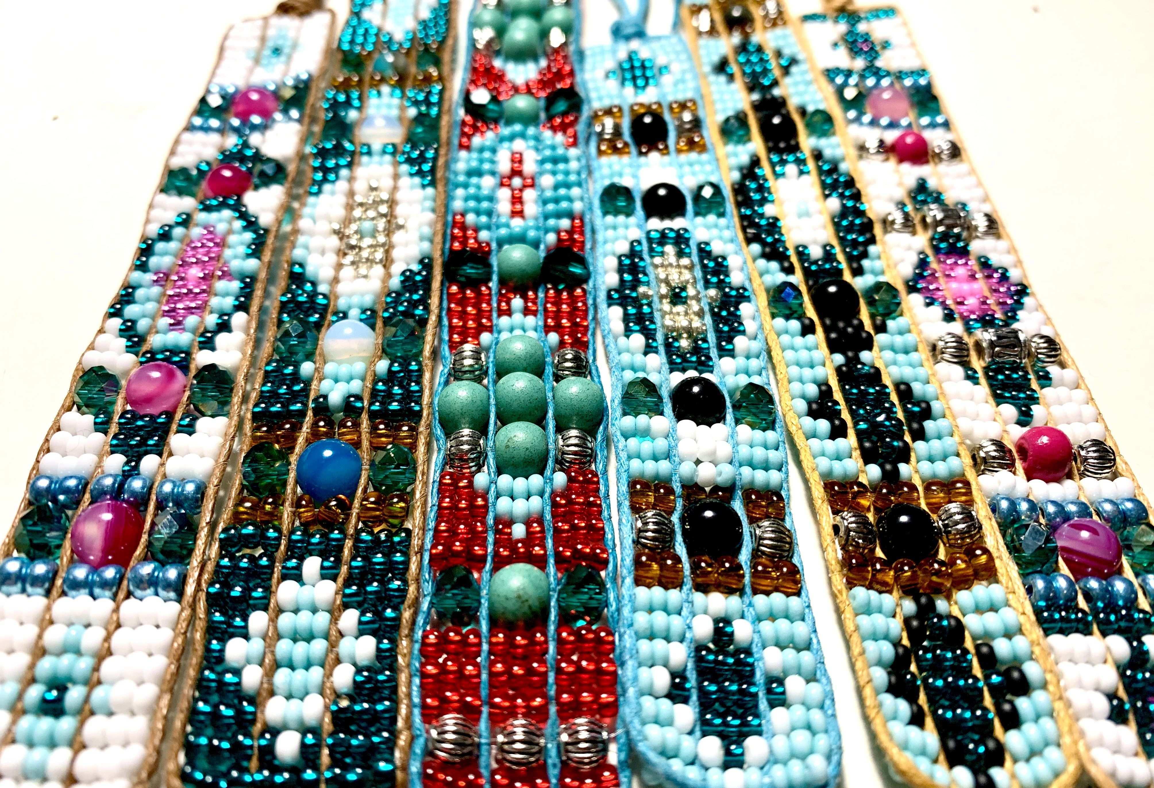 Perlenarmband Beads Bracelet Perlen Weben In 2020 Perlenarmband Perlen Rocailleperlen