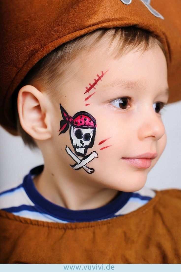 Mit Dieser Frechen Bemalung Sind Kleine Piraten Garantiert Fur Ihr Nachstes Abenteuer Gewappnet Pirat Kinder Schminken Pirat Schminken Kinder Kinderschminken