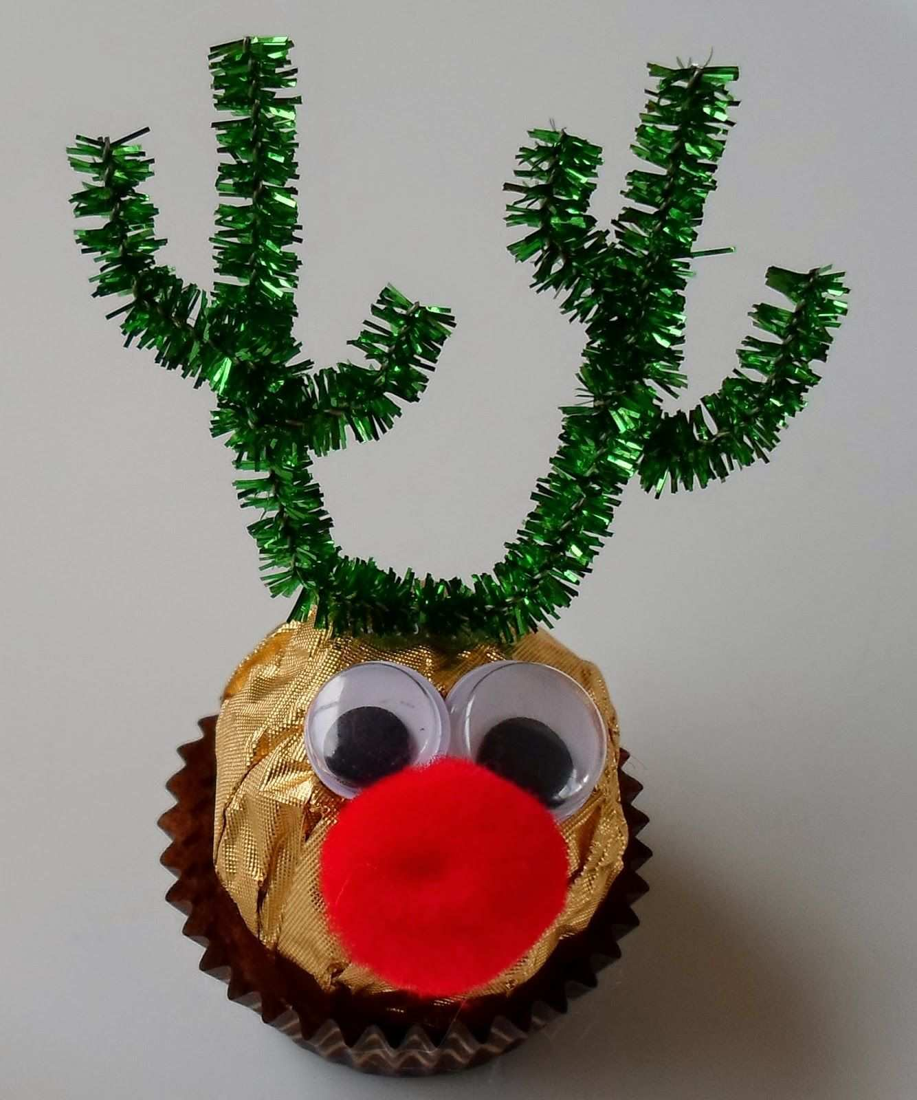 Happier Than A Pig In Mud Ferrero Rocher Reindeer Xmas Crafts Christmas Reindeer Diy Christmas Gifts