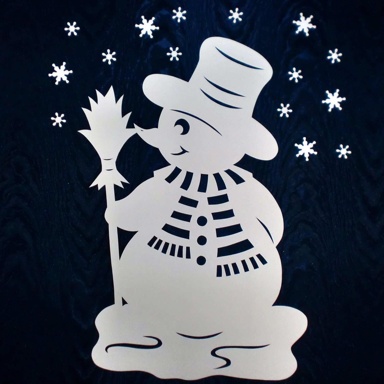 Grosser Schneemann Filigranes Fensterbild Aus Tonkarton Winter Weihnachten Scherenschnitt Weihnachten Fensterbilder Weihnachten Tonkarton