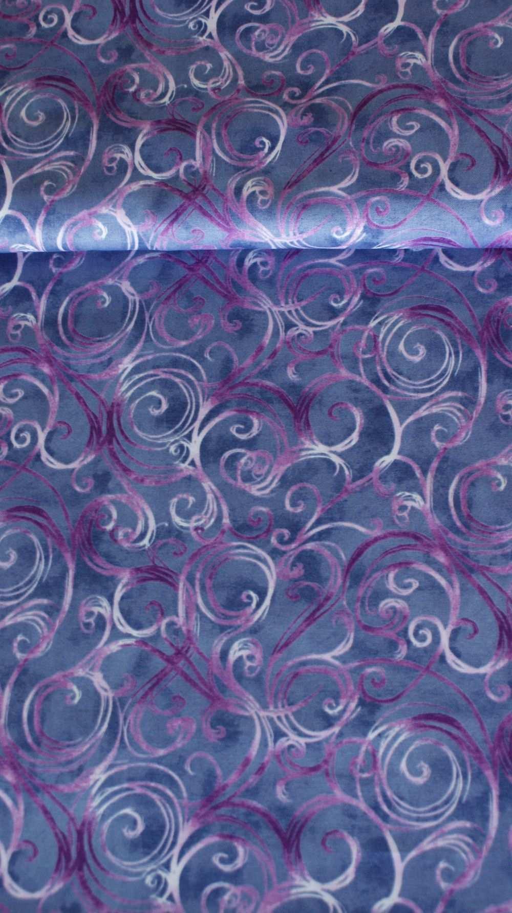 Baumwollstoff Mit Ornamenten Swirls In Lila Grafische Muster Lila Baumwolle