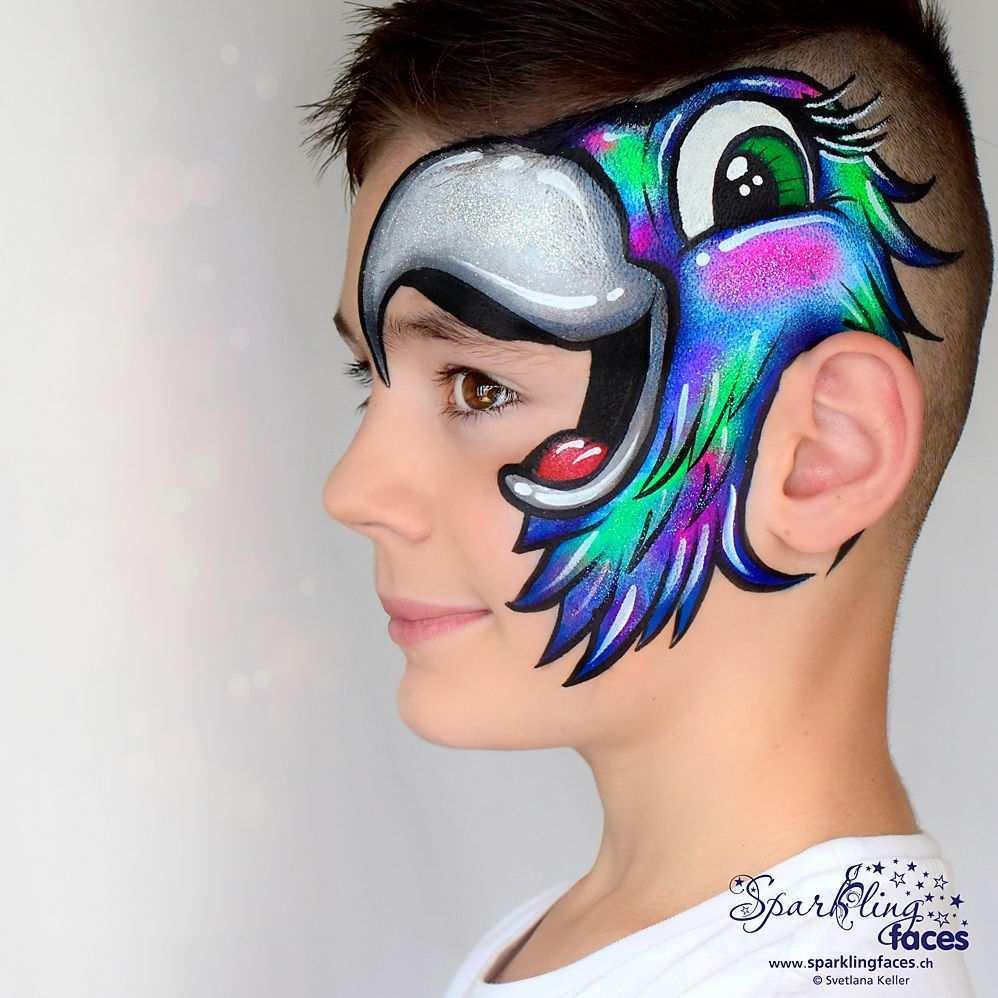 Kinderschminken Papagai In 2020 Kinderschminken Bemalte Gesichter Korperbemalung