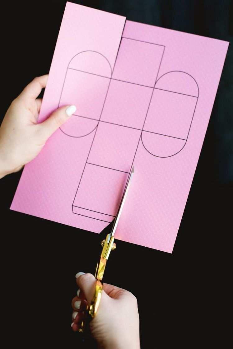 Vorlage Ausschneiden Und Falten Schachtel Basteln Schachteln Basteln Geschenkschachtel Basteln