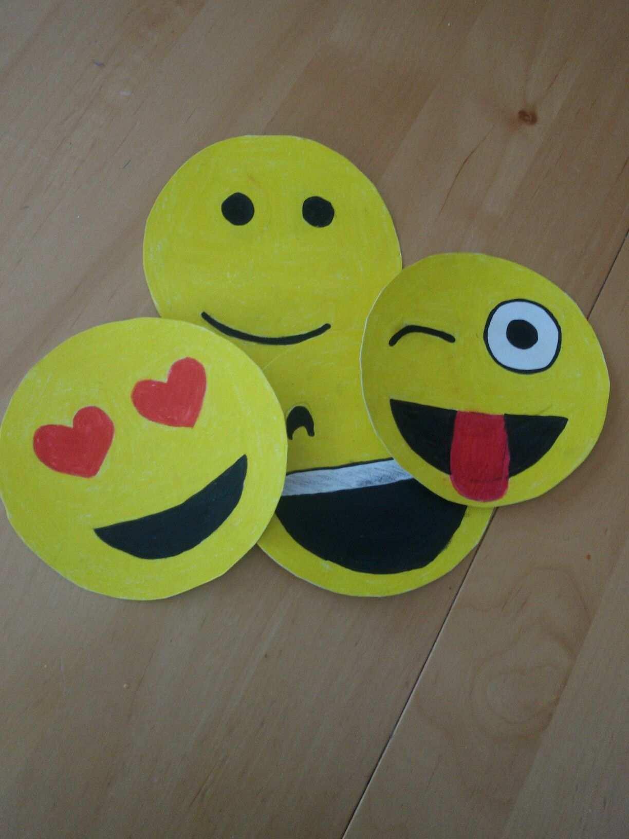 Einladung Whatsapp Smileys Kinder Basteln Mit Naturmaterialien Einladungskarten Basteln Kinder Geburtstagsideen