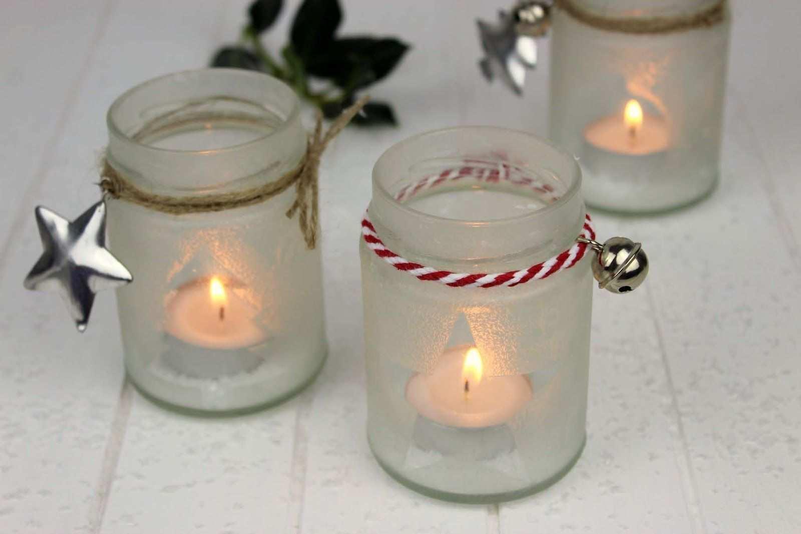 Diy Eisblumen Windlichter Ganz Einfach Aus Konfiturenglasern Basteln In 2020 Diy Advent Calendar Beautiful Christmas Decorations Christmas Cards Handmade