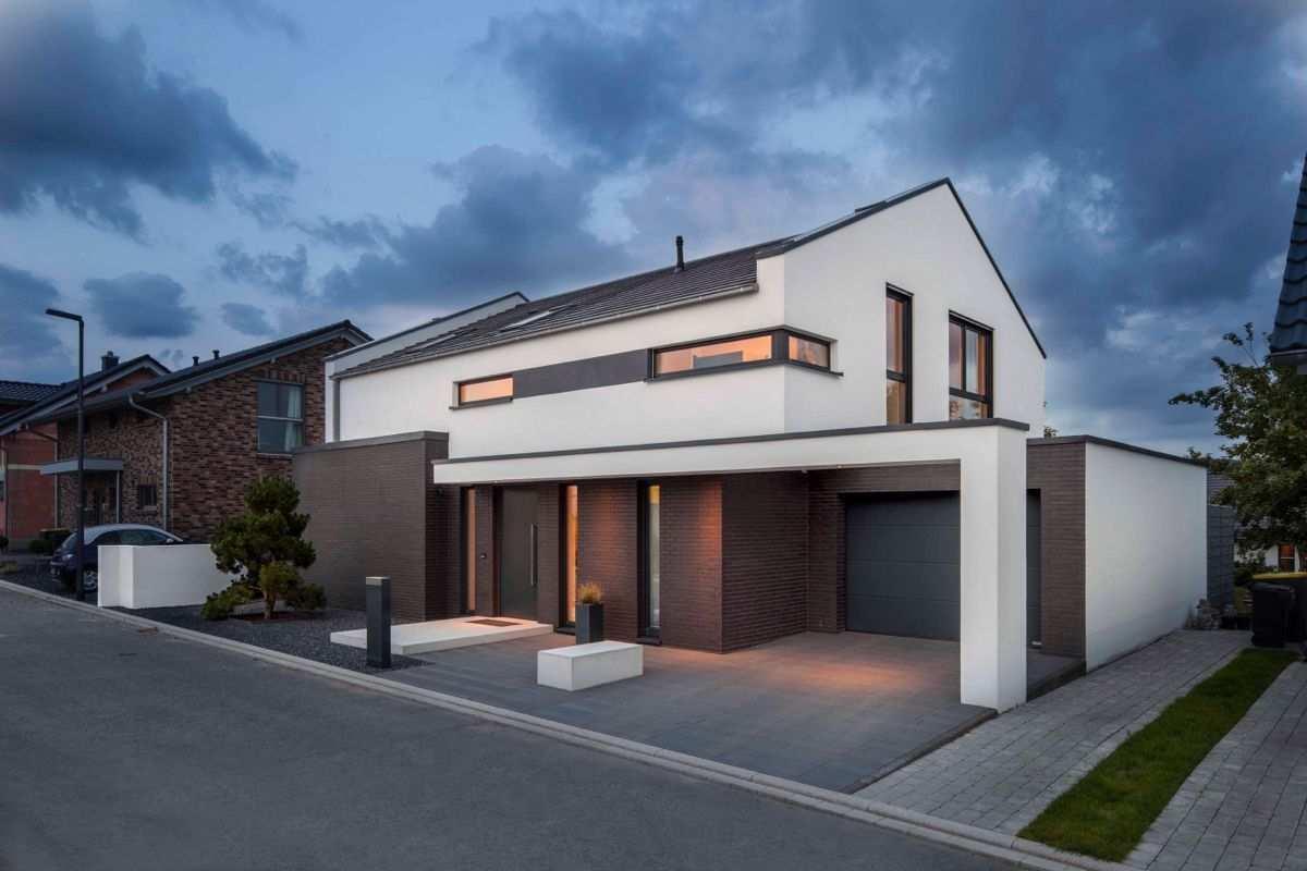 Bauhaus Trifft Satteldach Fotostrecke Satteldach Modern Baumeister Haus Einfamilienhaus