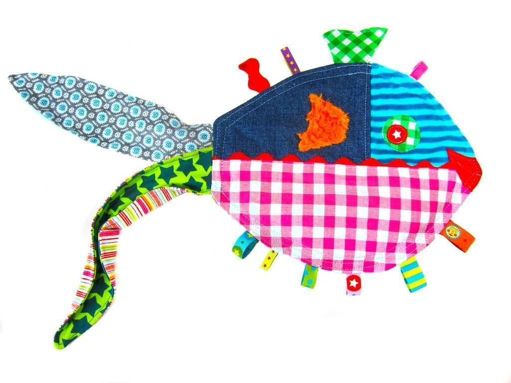 Knisterfisch Zum Fuhlen Kreativ Ebook Handgemachte Kuscheltiere Baby Nahprojekte Baby Diy