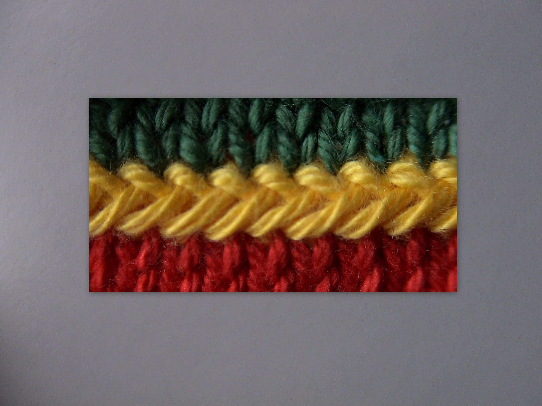Dieses Gersten Zopfchen Ist Eine Abwandlung Der Zick Zack Kette Videos 09 1 Teil 1 Und Teil 2 Http Stricken Strickmuster Stricken Hakeln Pullover Muster
